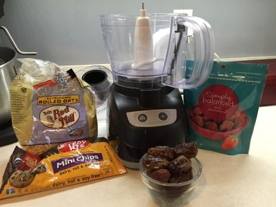 ingredients for raw chocolate strawberry cookies